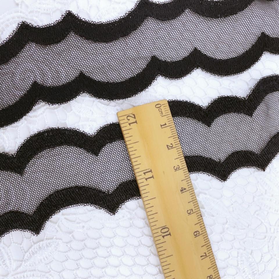 Вышивка на сетке В860 (отрез 9,3м)
