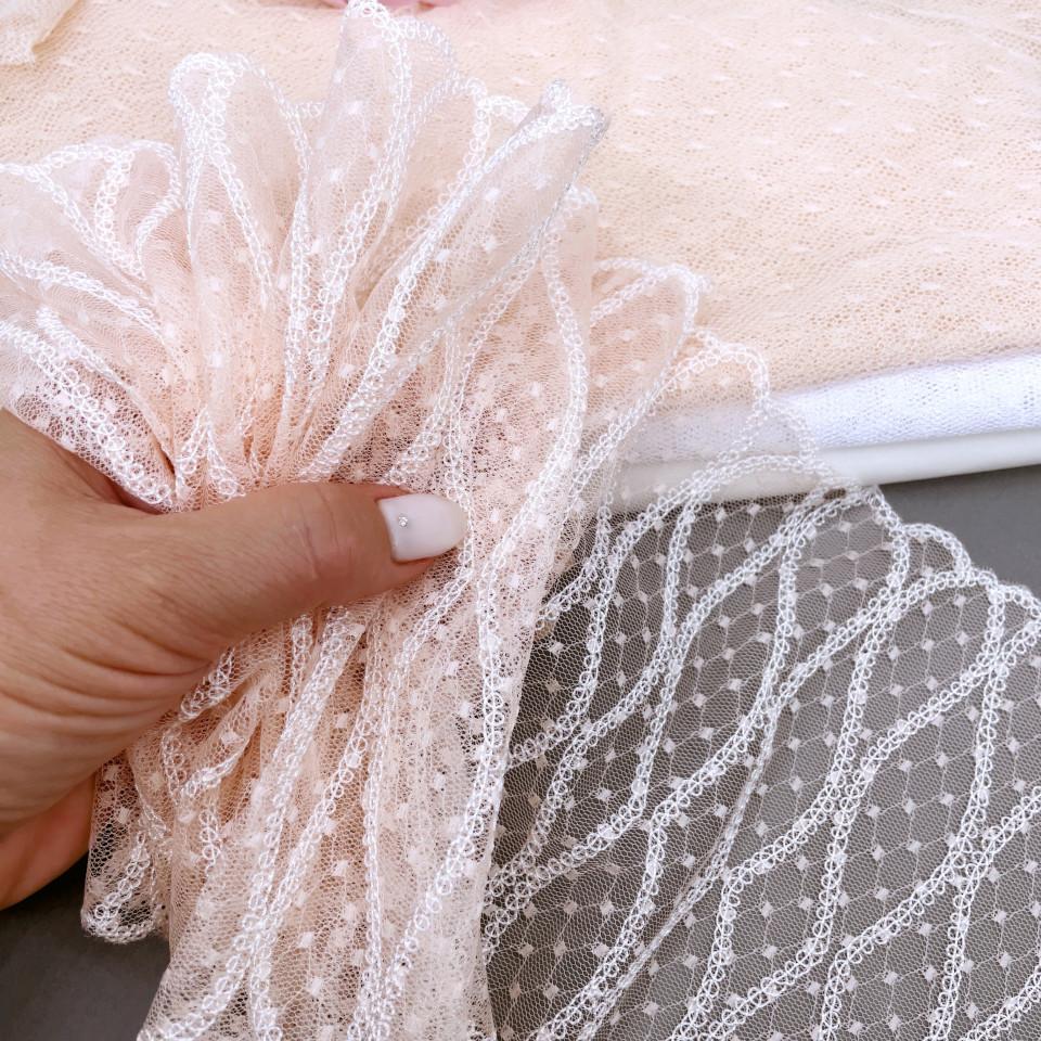 Вышивка на сетке В1-9 1 метр