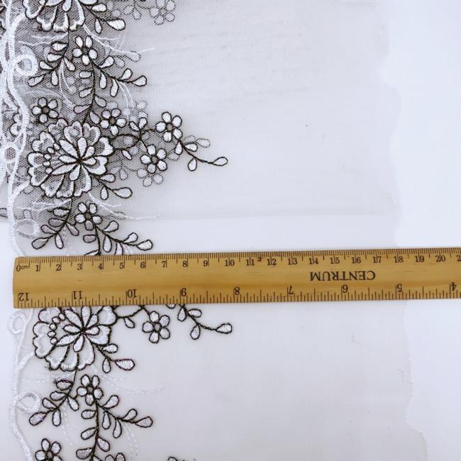 Вышивка на сетке В864 (отрез 3,1м)