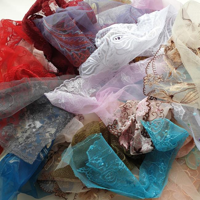 Отрезы вышивки на сетке. 0,5кг